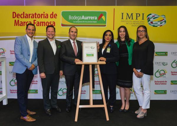 8bed375ad Bodega Aurrera recibe declaratoria de Marca Famosa que otorga el IMPI